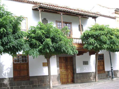 800px-Casa_de_los_Patronos_Teror-Gran_Canaria