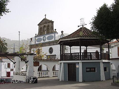 Plaza e iglesia de san mateo