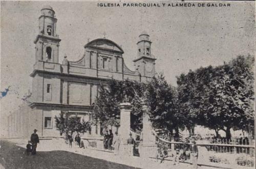 Iglesia y Alameda  de Santiago de Los Caballeros