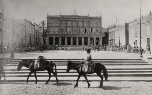 plaza santa ana y ayuntamiento